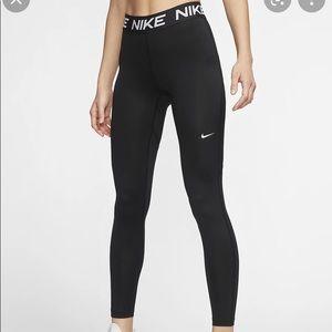 New Nike Logo-Waist Victory Baselayer Leggings